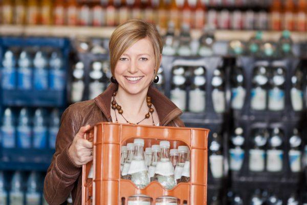 Kunden vermissen am Getränkeabholmarkt oft das Einkaufserlebnis